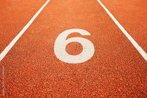 Photographie  Numéro six sur la piste en cours d'exécution