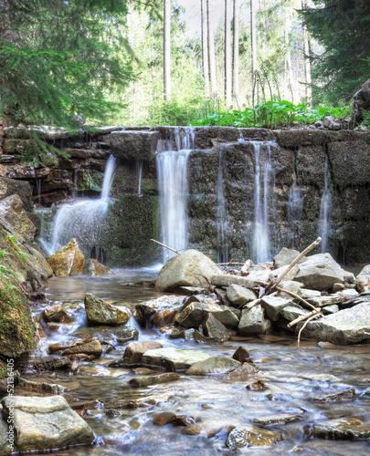 maly-wodospad