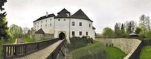 Nove Hrady Castle