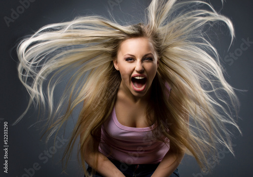 Fotomural portrait of expression young woman