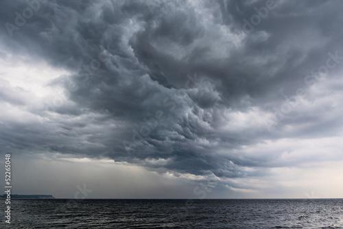 Ein Unwetter an der Ostseeküste.