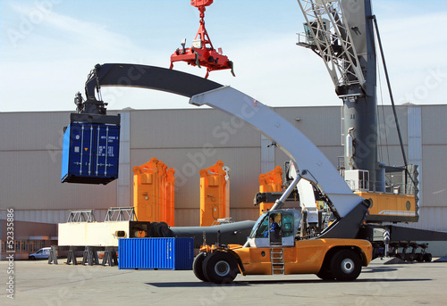 Container loader in sea port