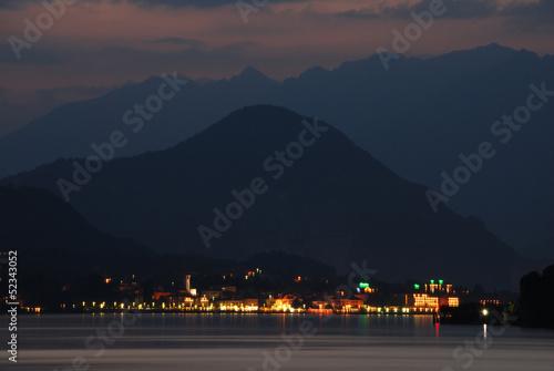 Valokuva  Alpes et Lac Majeur, Italie