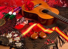 Cassic Spanish Guitar With Fla...