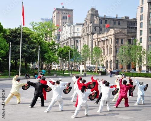 Papiers peints Shanghai Tai Chi am Bund in Shanghai China 6
