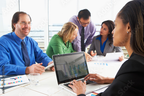 Fototapety, obrazy: Businesspeople Meeting In Boardroom