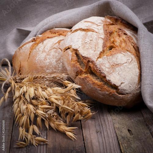 fototapeta na lodówkę Frisches Brot