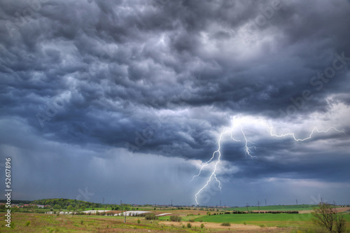 Plakat Letnia burza nad łąką w Polsce