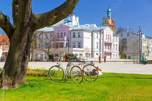 Idyllic spring scenery on the square in Sopot, Poland #52619628