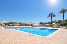 Lovely Pool And Hotel For A Holiday Vacation. Portuga Algarve. Q