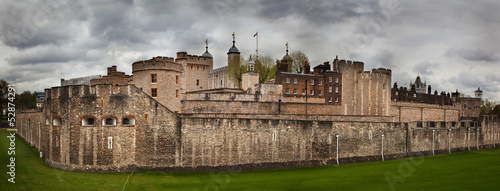 Spoed Fotobehang Londen The Tower of London, the UK. The historic Royal Palace