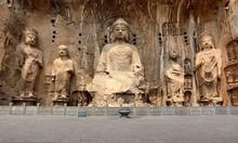 Longmen Grottoes With Buddha's Figures