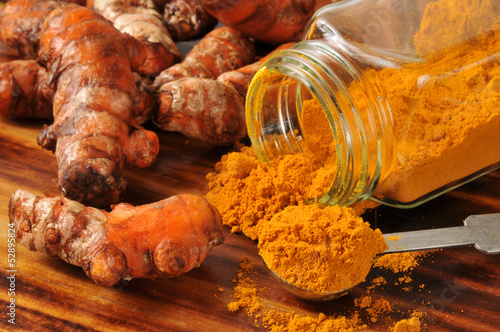 Recess Fitting Spices Fresh turmeric