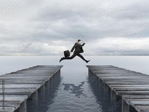 Cadres-photo bureau Lavende businessman jumping