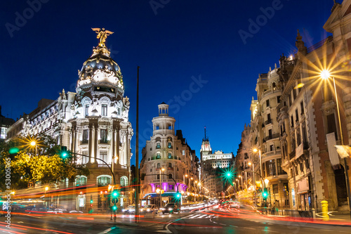 Foto  Gran Via in Madrid, Spain, Europe.