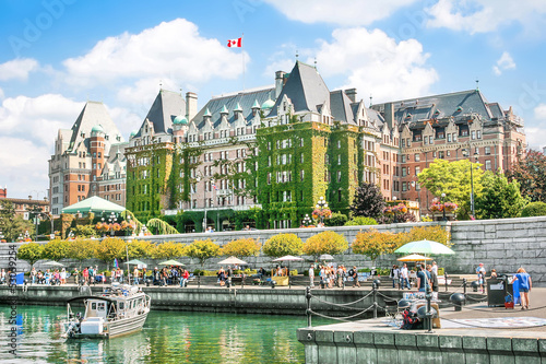 Foto auf Gartenposter Kanada Beautiful view of Inner Harbour of Victoria, BC, Canada