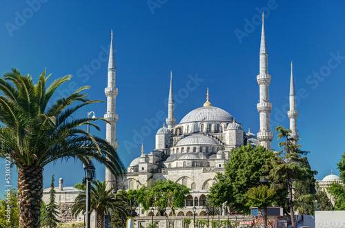 widok-blekitny-meczet-w-istanbul-turcja-sultanahmet-camii