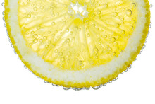 Lemon Slice In Clear Fizzy Wat...