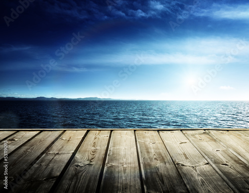 Photo sur Aluminium Piscine Caribbean sea and wooden platform