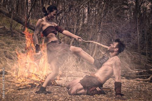 Photo  caveman and cavewoman