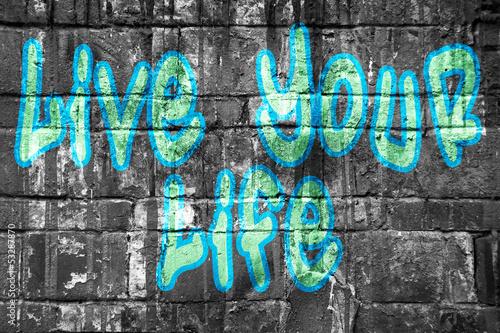 zyj-swoim-zyciem-w-stylu-bleu-na-ulicy