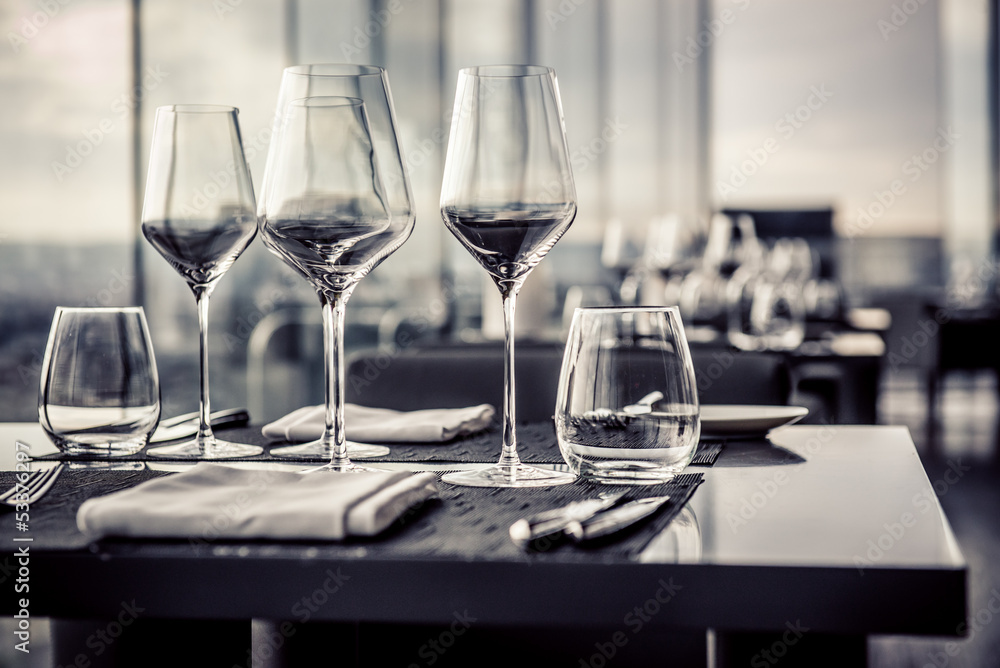 Fototapeta Empty glasses in restaurant