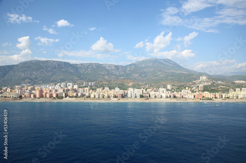 Foto op Canvas Stad aan het water Landscape of sea and mountain with the coastline