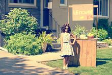 Retro Girl Wearing Sunglasses ...