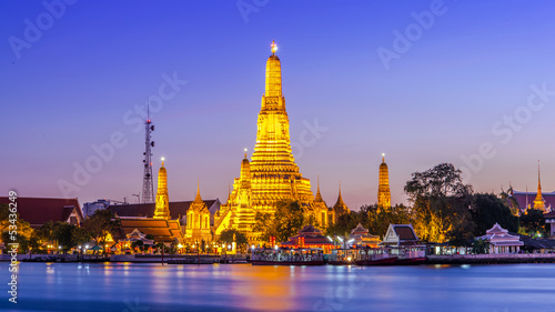 Photo  Prang of Wat Arun, Bangkok ,Thailand