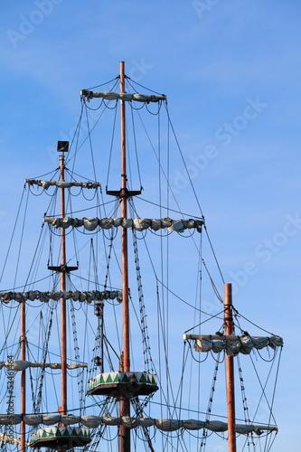 Fotografie, Obraz  Ship tackles, Rigging on a old frigate