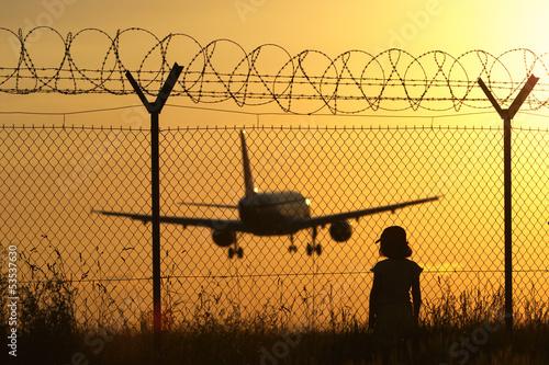 lotnisko-o-zachodzie-slonca