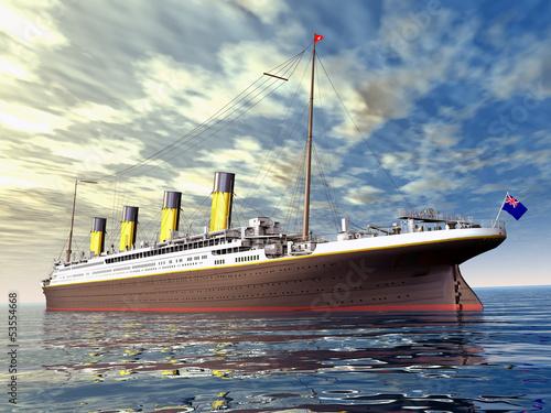statek-pasazerki-plywajacy-po-oceanie