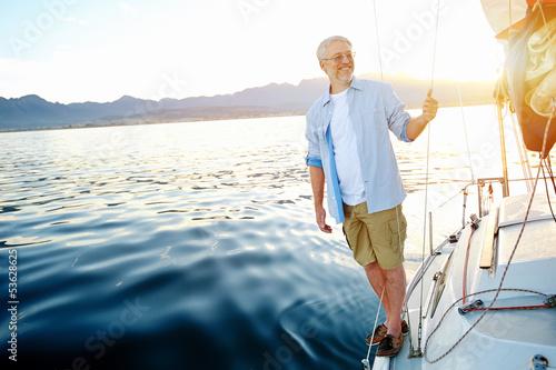 Fotografía  sunrise sailing boat