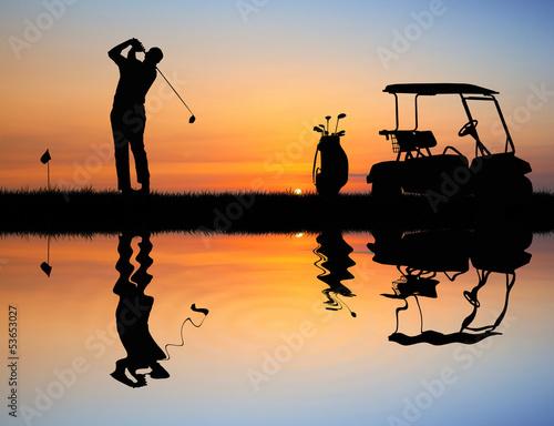 golf-o-zachodzie-slonca