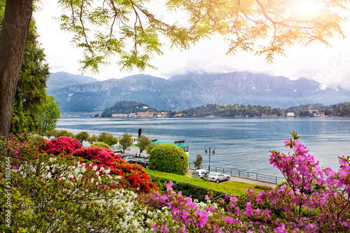 Fototapeta beautiful view to the Italian lake Como