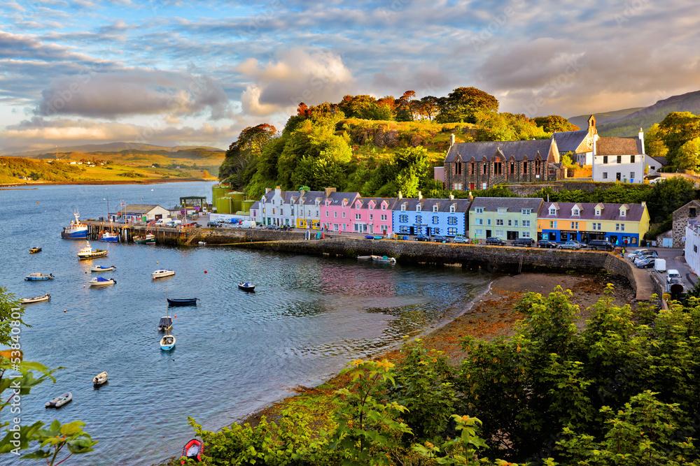 Fototapeta view on Portree, Isle of Skye, Scotland