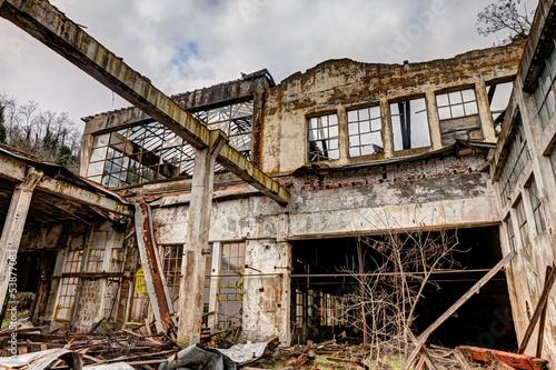 Papiers peints Les vieux bâtiments abandonnés collapsed factory