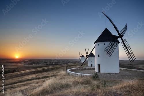Fényképezés  Moulins de Don Quichotte - Espagne - Antonio GAUDENCIO