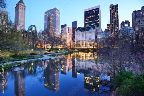 new-york-city-central-park-lake