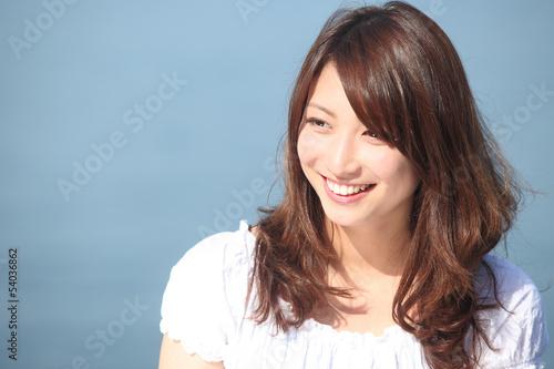 Obraz 若い女性のポートレート - fototapety do salonu