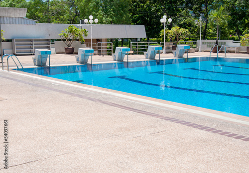 Photo swimming pool and starting places at sport center