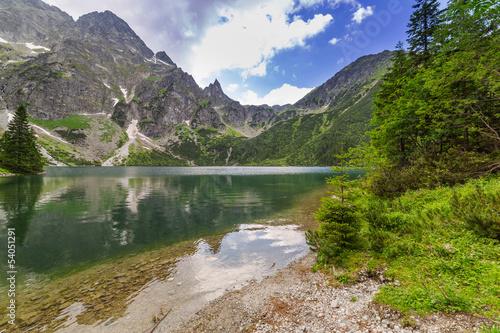 Fototapety Sport  piekna-sceneria-tatr-i-jeziora-w-polsce