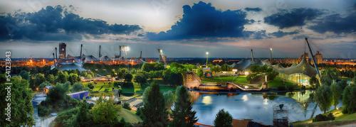 Fototapeta premium Panorama miejsca olimpijskiego w Monachium