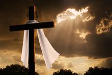 Dramatic Lighting On Easter Cr...
