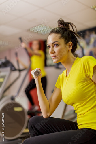 Foto op Aluminium Vruchten Young woman training in the gym