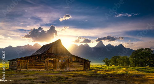 Fotografie, Obraz  T.A. Moulton Barn After the Storm
