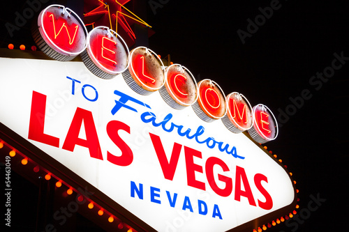 Foto op Aluminium Las Vegas Welcome to Las Vegas sign at night