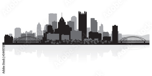 Foto  Pittsburgh city skyline silhouette