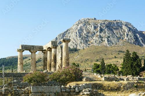 Obraz na plátně Temple of Apollo in ancient Corinth, Greece