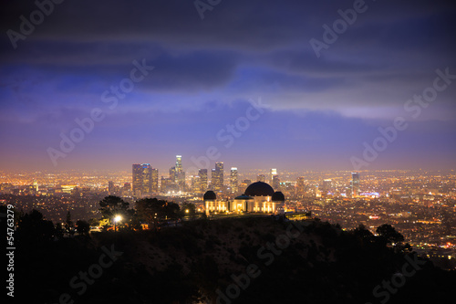 Photo  Los Angeles at night. Griffith Observatory.
